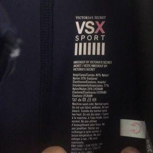 Victoria's Secret Tops - VSX work out SET!!!! ✨